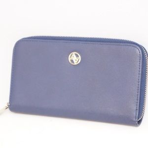 Adrienne Vittadini Navy Colored Zipper Wallet